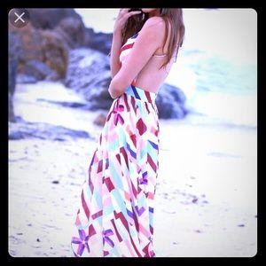 Dresses & Skirts - Maxi Dress 🐚